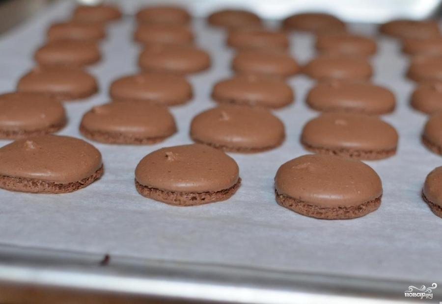 Шоколадные макаруны - фото шаг 7