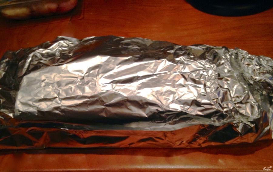Мясо с сыром и помидорами в духовке - фото шаг 6