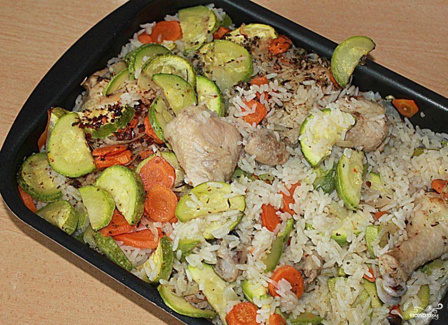 Рис с кабачками и курицей