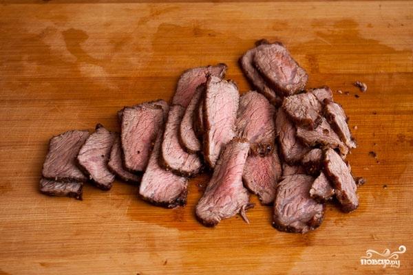 Салат пикантный с говядиной - фото шаг 10
