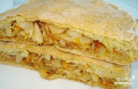 Пирог с тушеной капустой - фото шаг 12