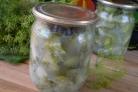 Огуречный салат с луком на зиму