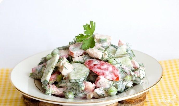 Салат с горошком и курицей