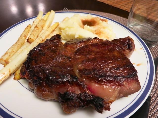 Вкусный стейк из говядины - фото шаг 4