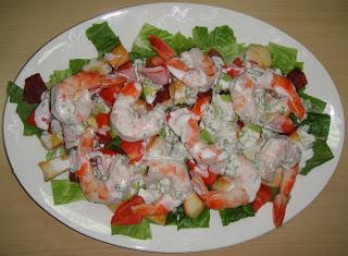 Клубный салат с креветками - фото шаг 6