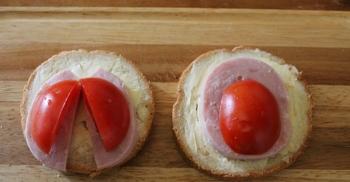 Маленькие бутерброды для детей - фото шаг 4