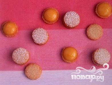 Рецепт Кокосовое печенье с фруктовой начинкой