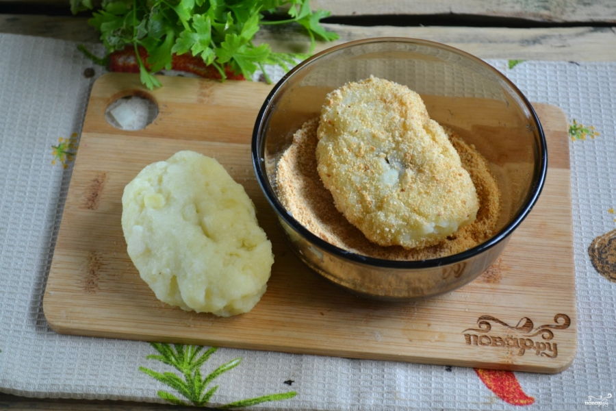 Постные картофельные котлеты с грибами - фото шаг 5