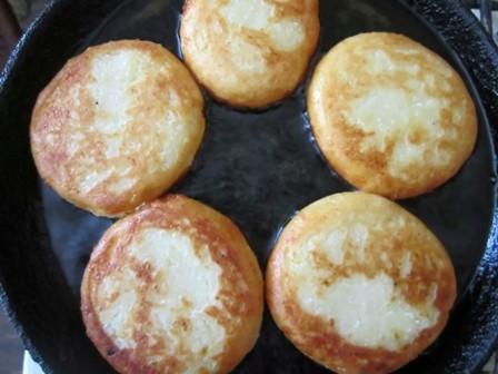 Сырники без яиц - фото шаг 5