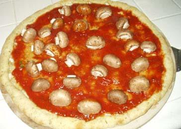 Овощная пицца с сыром Моцарелла - фото шаг 16