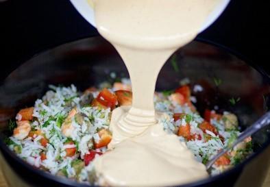 Салат из креветок, грибов и риса - фото шаг 9