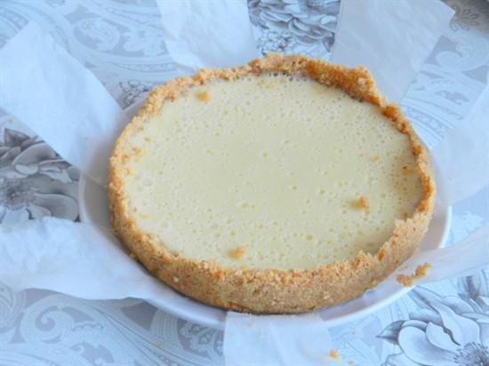 Пирог со сгущенкой в мультиварке - фото шаг 8