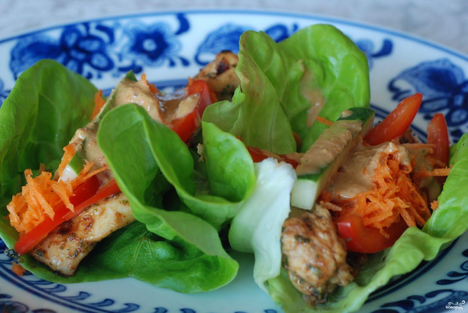 Закуска из курицы и свежих овощей
