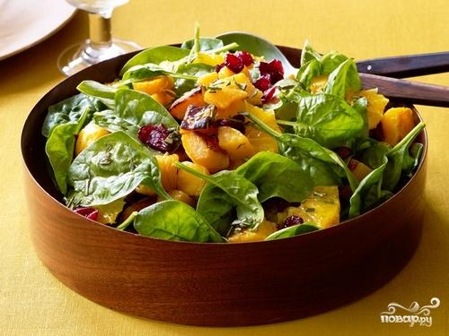 Салат из мандаринов и шпината