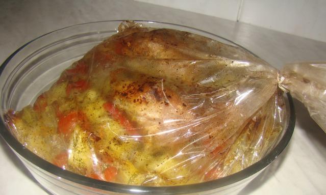 приготовить курицу в соусе в духовке рецепт