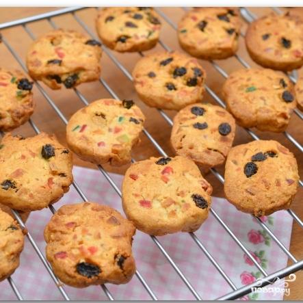 Рождественское печенье с цукатами и орехами - фото шаг 12