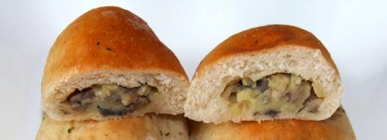 Пирожки с грибами и картошкой в духовке - фото шаг 5