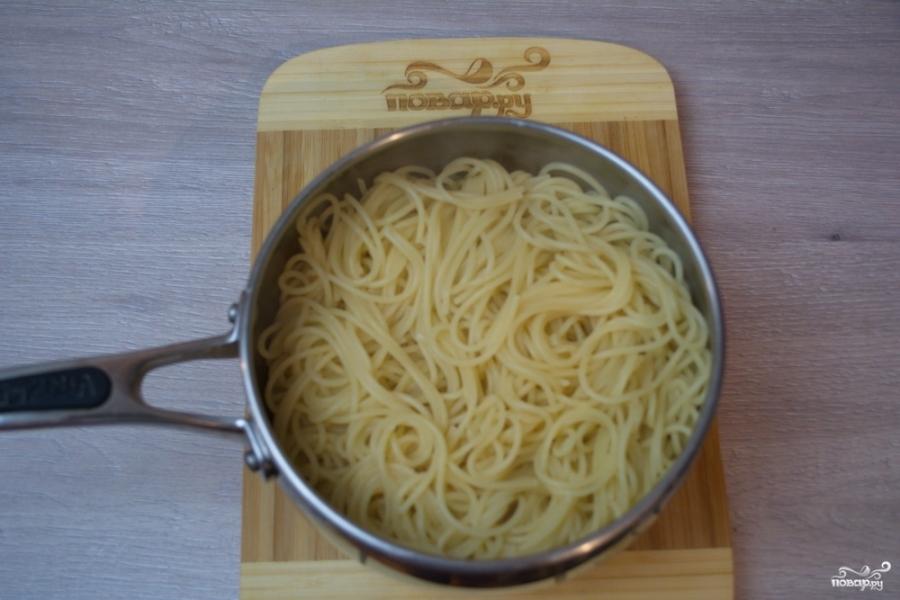 Паста с чесночным соусом - фото шаг 5