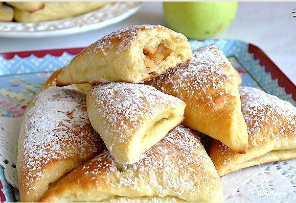 Рецепт Булочки с яблоками