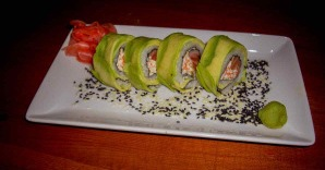 Суши с авокадо - фото шаг 4