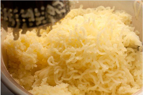 Пюре с сыром - фото шаг 4