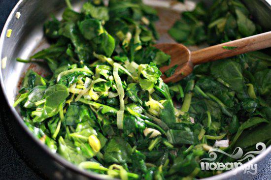 Стейк с грибным соусом и сливочным шпинатом - фото шаг 3