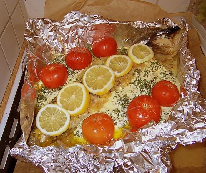 запечь рыбу в духовке в фольге пошаговый рецепт