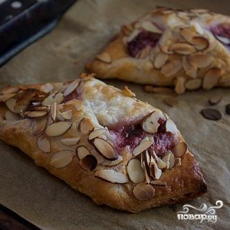 Датские булочки с марципаном и джемом - фото шаг 6