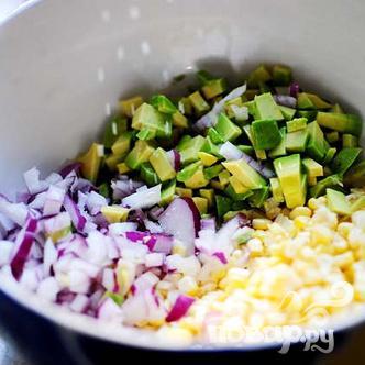 Сальса из свежей кукурузы и авокадо - фото шаг 6