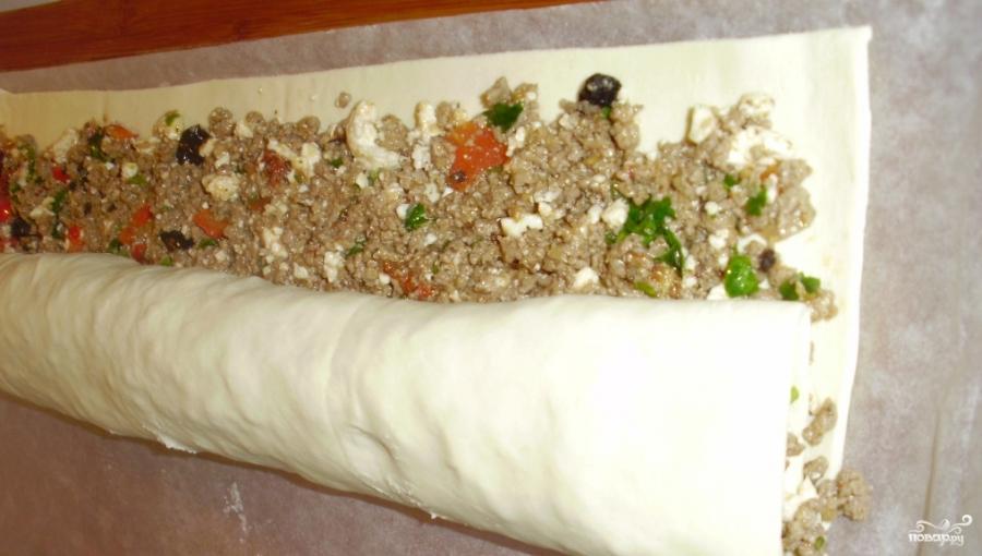 Мясной штрудель в духовке - фото шаг 3