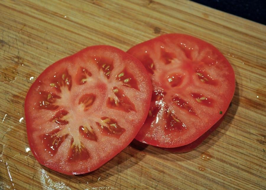 Мясо с помидорами и сыром - фото шаг 6