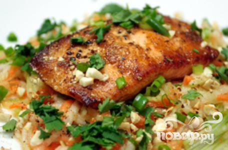 Рецепт Пикантный салат из огурцов и моркови