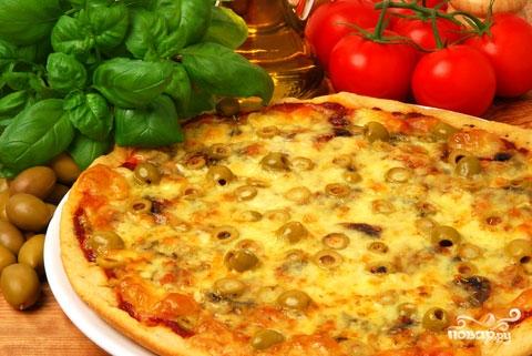 Пицца с морепродуктами в мультиварке
