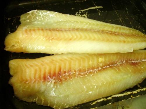 Рыба в духовке в кляре - фото шаг 1