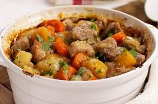 Соус из свинины с картофелем