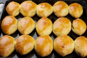 Печеные пирожки с курицей - фото шаг 5