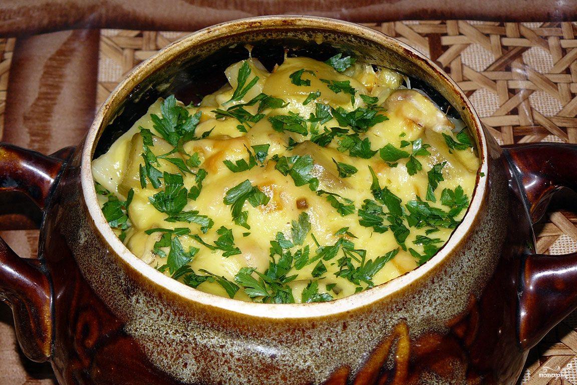 Жаркое в горшочке из курицы с картошкой с фото