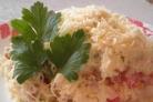 Простой салат с куриным филе