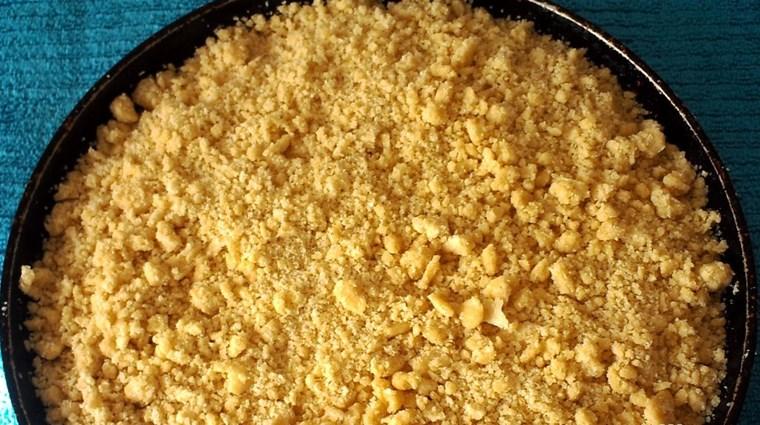 Песочный пирог с творогом - фото шаг 6