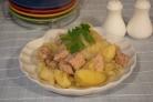 Свинина, тушеная с картошкой