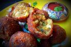 Шарики из цветной капусты и картофеля