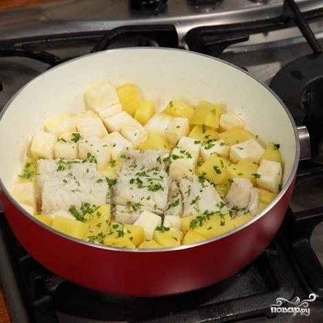 Треска с картошкой - фото шаг 3