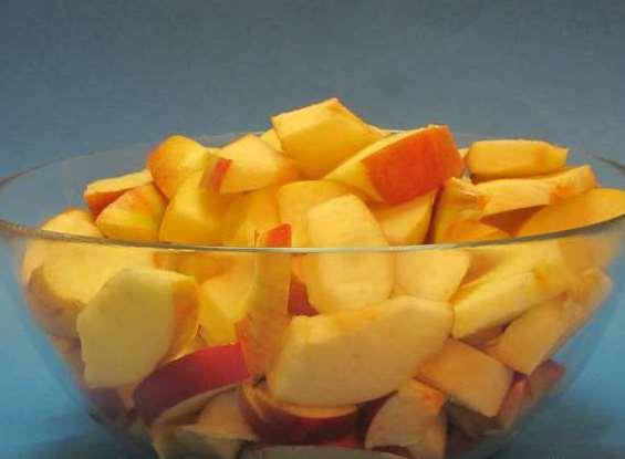 Желе из яблок в мультиварке - фото шаг 1