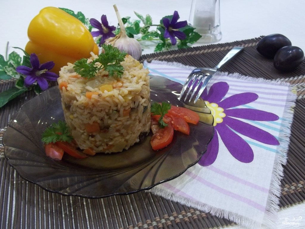 Рис, тушенный с овощами
