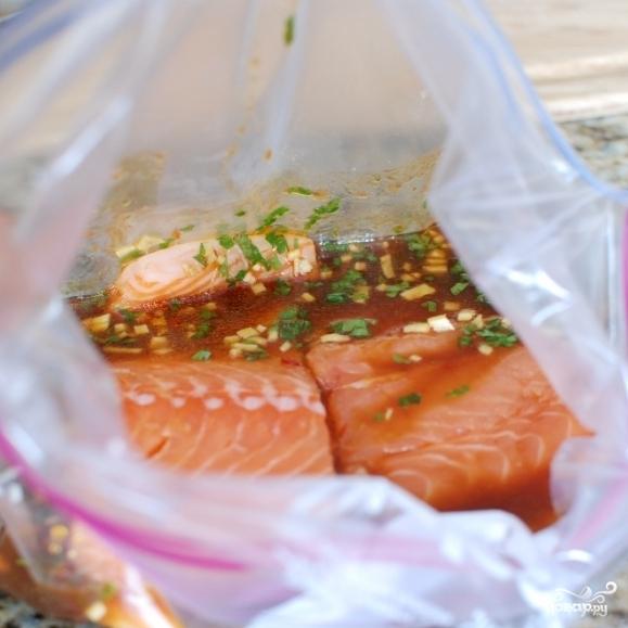 Лосось в китайском соусе, запеченный в духовке - фото шаг 4
