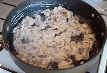 Салат с печенью трески и соленым огурцом рецепты с фото
