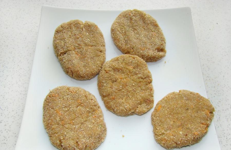 Вкусные котлеты из свинины - фото шаг 2