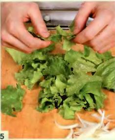Грибы в сухарях, с рисовой лапшой и салатом фризе - фото шаг 5