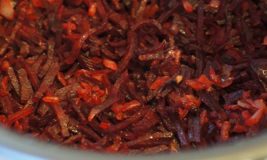 Рецепт Мясо, тушеное в мультиварке Поларис