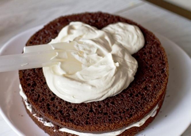 Как сделать торт с кремом из сметаны